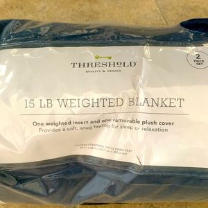 Threshold by Target 15lb weighted blanket